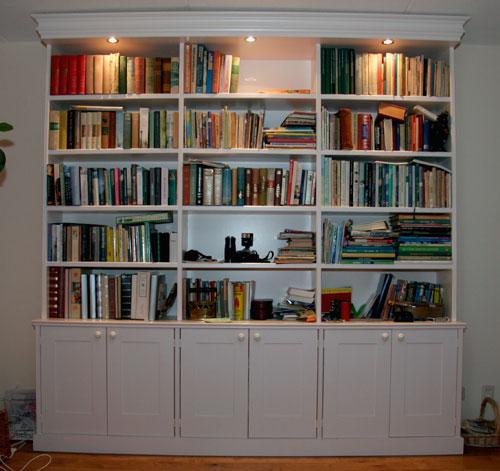 grote houten boekenkast