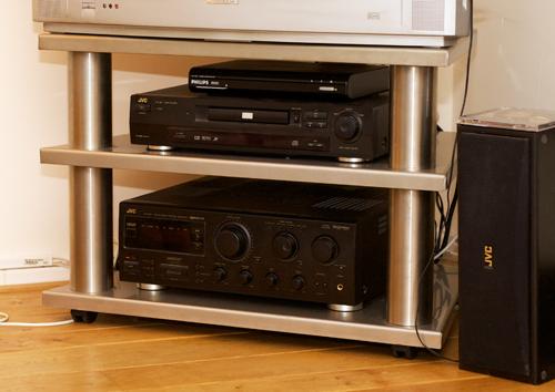 Stalen audio video televisie hifi meubel handige vader for Hifi meubel